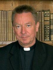 dr. Beer Miklós megyéspüspök