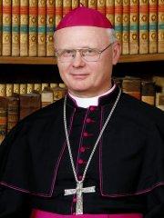 dr. Varga Lajos segédpüspök